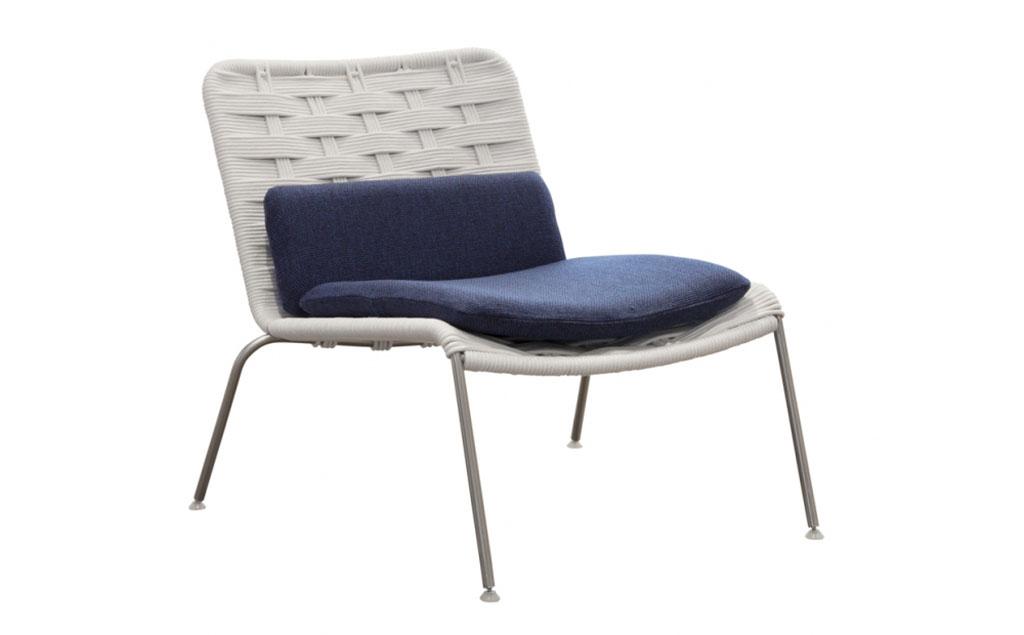 Divani per esterni design divani in rattan e midollino for Poltrone per esterno offerte